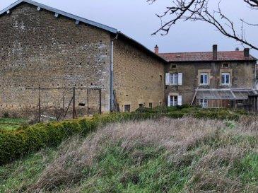Maison 215m2 + grange 300m2 sur 27 ares de jardin . Maison à rénover à Xivry-Circourt,  de 215 m² habitables, comprenant : salon salle à manger 60m2 avec cheminée accès terrasse et jardin , cuisine 23m2, buanderie 12m2 salle d\'eau, wc, véranda au 1er étage : 6 chambres ( 19m2, 15m2, 12m2, 18m2, 14m2, 11m2), une salle d\'eau, wcdes combles aménageables de 120m2une cave et une grange attenante de 300m2 Jardin de 27 ares 47 dont une grande partie est constructibleLa maison est raccordée au tout à l\'égoutchauffage central fioulContacter Christelle 06.58.23.24.50- barème honoraires : www.tfimmo.com /nos-honoraires.php - Contact : 0658232450 - Chrisimmo54@gmail.com