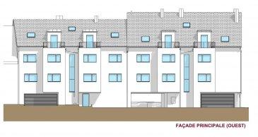 La résidence se compose de 12 appartements, de 8 emplacements car-port, de 4 emplacements intérieurs, de 6 emplacements extérieurs et de 12 caves réparties sur 3 niveaux .  LOT D/026  La diversité et la qualité des choix de matériaux offerts, vous permettront de finaliser un bien de haut standing. L'immeuble est conçu et construit suivant le standard énergétique ''passif'' correspondant à une classe ''AB'' du passeport énergétique. Les appartements seront équipés d'une installation de chauffage au sol, d'une ventilation mécanique contrôlée, de fenêtres en triple vitrage équipées de volets en aluminium.  Les prix de vente sont affichés avec une TVA 3% incluse.  Pour plus d'informations veuillez nous contacter.  info@newgest.lu ou 691125293