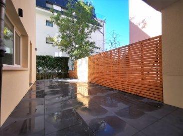 Dalpa SA vous propose à louer, un confortable appartement entièrement rénové de 1 chambre à coucher sur +/- 46 m², situé à Luxembourg-Belair et à quelques pas du Parc de Merl.  Disponibilité : immédiate  L'objet se situe au : 2, rue de Bragance, L-1255  Situé au rez-de-jardin l'appartement se compose : - 1 cuisine équipée ouverte - 1 séjour très lumineux donnant accès à la terrasse - 1 chambre à coucher donnant accès à la terrasse - 1 salle de douche - 1 débarras  Au sous-sol une cave complète ce bien.  Possibilité de louer un garage fermé pour un supplément de 250 €  Situé au plein cœur du centre-ville, Belair est un quartier recherché pour son calme et sa qualité de vie. Le quartier doit sa popularité surtout grâce à sa proximité aux commerces, ainsi que ses entourages verts dont celui du Parc de Merl.  Nous sommes à votre entière disposition pour tous renseignements complémentaires ou visites des lieux. Veuillez contacter Antonio Lobefaro sous le numéro + 352 621 469 311 ou par mail sur info@dalpa.lu  Si vous souhaitez vendre ou louer votre bien, nous mettons à votre disposition notre professionnalisme, savoir-faire ainsi que notre qualité de service. Nous vous proposons des estimations rapides, gratuites et réalistes.  ENGLISH VERSION  Dalpa SA offers you for rent, a comfortable fully renovated 1 bedroom apartment of +/- 46 m², located in Luxembourg-Belair and a few steps from Parc de Merl.  Availability : immediate  The object is located at: 2, rue de Bragance, L-1255  Located on the garden level, the apartment consists of: - 1 open equipped kitchen - 1 very bright living room giving access to the terrace - 1 bedroom giving access to the terrace - 1 shower room - 1 storage room  In the basement a cellar completes this ensemble.  Possibility to rent a closed garage for an additional 250 €  Located in the heart of the city center, Belair is a neighborhood sought after for its calm and quality of life. The district owes its popularity especially thanks to its prox
