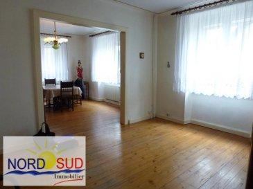 MAISON ENCHENBERG - 5 pièce(s) - 129 m2. ENCHENBERG  : Charmante maison individuelle avec dépendances sur un terrain de 10.22 ares.~Au RDC entrée, double séjour, cuisine, salle de bain, garage/dépendance. Au 1er étage 3 chambres, bureau, débarras.~Combles aménageables, cave, dependance /garage indépendant, terrain avec fruitiers.~~Contact Nord Sud Immobilier ~Rohrbach les BITCHE au 03 87 96 33 84~BITCHE au 03 87 27 01 80 ~Sarreguemines AU 03 87 02 83 36