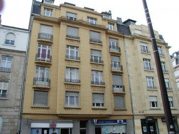 Rue Lafayette, à proximité de la Gare SNCF, au 6ème étage avec ascenseur, appartement 3 pièces de 58m², comprenant une entrée, une cuisine avec balcon, un salon-séjour, 2 chambres, une salle d'eau/WC. Chauffage collectif. Disponible à compter du 01 Mai 2020  Honoraires d'agence selon LOI ALUR 270 € pour la visite, la constitution du dossier, la rédaction du bail 3€/m² pour l'état des lieux d'entrée, soit 174 € Soit un total de 444 €