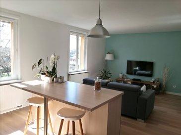 Venez découvrir dans la commune de Mexy ce très bel appartement T3 de 84 m² au premier étage d\'une petite copropriété.   Il comprend une entrée avec placard, une cuisine équipée ouverte sur un spacieux séjour, une salle de douche avec W.C et meuble vasque. Pour finir, un bel espace nuit constitué d\'une chambre de 16 m² et d\'une seconde de 21 m², vous offre d\'appréciables volumes.    Vous profiterez également d\'une place de parking privative dans un garage.    Situé dans une rue calme, il reste proche de toutes commodités (pharmacie, écoles, Mairie, Poste, boulangerie...)  Chauffage gaz individuel.   Ensemble immobilier géré par un syndic professionnel. Charges de copropriété annuelles estimées à 860 €.  Taxe foncière: 486€   Prix: 218 000€ FAI  Les honoraires sont à la charge de l'acquéreur.