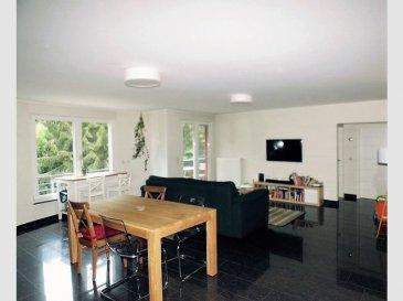 NEW KEYS vous propose à la vente ce très bel appartement de 103m2, idéalement situé dans une résidence récente, à Rollingergrund. Il est composé comme suit : - un salon/ salle à manger lumineux avec cuisine équipée ouverte et accès à un balcon sans vis à vis, vue magnifique sur le bambesch - 2 chambres spacieuses - 1 salle de bain avec double vasque, et wc - 1 wc séparé - 1 débarras  L'appartement dispose également d'une cave, d'un emplacement  de parking intérieur, d'une buanderie commune, et d'un jardin commun à la résidence.  Pour plus de renseignements et/ou demandes de visites merci de contacter le 691149362 ou par email jheymann@newkeys.lu.  Ref agence :5003202