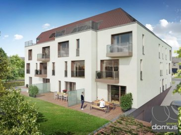 Nouveau complexe résidentiel de 14 appartements à Strassen en cours de construction<br><br>Appartement 030/034 à vendre à Strassen d\'une surface de 62,61 m2 avec jardin privatif de 29,09 m2 et terrasse de 21,46m2 comprenant: <br>Hall d\'entrée, 1 chambre à coucher, débarras, WC séparé, salle de douche, living avec cuisine ouverte.<br><br>Proche du centre de Strassen et de toutes les commodités<br><br>Prix emplacement intérieur (largeur +/- 3m) + cave : 38500 Euro / HTVA<br><br>Quote -part terrain fixé à 38 % du prix de vente (Hors TVA)<br>Garantie et assurance décennale + garantie d\'achèvement en faveur du client!<br><br>Les plans de cette construction ont été élaborés par l\'architecte JONAS, bien reconnu dans notre pays. La construction sera assurée par l\'entreprise de construction \