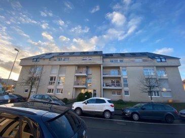 Appartement situé à Differdange,  - Hall d'entrée - Cuisine équipée avec sortie terrasse  - Salon / Living  - 1 chambre à coucher avec possibilité de en faire une deuxième  - Salle de bains   - Cave - Garage pour 1 voiture (Box fermer)   Nous vous invitons à nous rendre visite ou contacter l'un de nos commerciaux pour plus d'informations.  M. Moura Jemp +352621216646  M. Marc Risch +352621210333   Les surfaces et superficies sont indicatives  Rejoignez-nous sur Facebook : Newjomar Belval