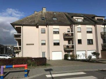 Joli appartement 1 chambre à coucher situé au troisième étage.<br>L\'appartement se compose d\'un hall d\'entrée, d\'une cuisine équipée séparée, d\'un living avec accès au balcon, d\'une chambre à coucher d\'une salle de bain, d\'un wc séparé, d\'une cave privative, d\'un garage fermé, d\'une buanderie commune avec emplacement pour machine à laver et sèche-linge.<br><br>L\'appartement est situé dans un quartier calme<br />Ref agence :5226767