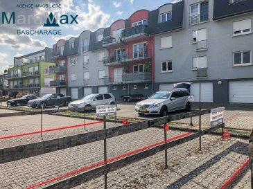 L'agence immobilière MaraMax s.à.r.l vous propose en vente un emplacement extérieur n°50 derrière la résidence