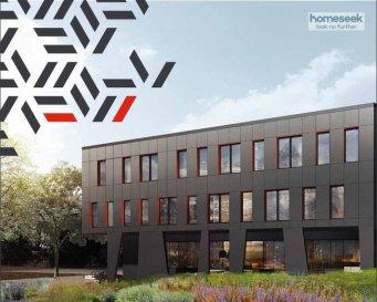 Homeseek Limpertsberg vous propose en exclusivité :  Le BLACK STONE, nouveau programme de commerces et bureaux offrant une implantation exceptionnelle au c½ur de la nouvelle plateforme internationale multimodale de Bettembourg et des principaux axes autoroutiers du pays.  De haute qualité architecturale, l'immeuble développe 1940 m2 de bureaux sur 3 niveaux, divisés en 6 espaces de travail indépendants, lumineux, confortables et entièrement aménageables, d'une surface unitaire de 260 à 370 m2.  L'ensemble bénéfice de 44 places de parking intérieures, 15 places de parking extérieures, 6 espaces d'archives et de prestations haut de gamme (deux ascenseurs, climatisation, VMC double flux, triple vitrage, accès sécurisés?).  La performance environnementale optimisée du bâtiment (classe énergétique B), génère un niveau de charges réduit (environ 3,5 euros HT/mois/m2).  Conditions de location des places de parkings et des espaces d'archives sur demande.  Livraison prévue au 3ème trimestre 2019.  Le loyer mensuel présenté s'entend hors TVA et hors commission d'agence à charge du preneur (1 mois de loyer   TVA).  Contact :  Laurent ARNAUD -   352 691 252 574  -  larnaud@homeseek.lu