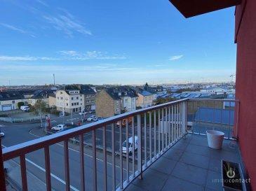 Bel appartement de +/-84m2 offrant beaucoup de luminosité, situé au 3ième étage d\'une résidence en parfait état à Howald.<br><br>Situé à 5 minutes à pied du futur Tram.<br><br>Se compose comme suit:<br><br>- Hall d\'entrée avec vestiaire<br>- Magnifique living de +/-30m2 donnant accès au balcon<br>- Cuisine équipée Individuelle avec fenêtre<br>- 2 chambres à coucher, (15 et 10.5 m2)<br>- Salle de douche et WC séparé de 2018<br><br>Dispose également d\'un garage Box, un parking extérieur et une cave.<br><br>Aucuns travaux à prévoir dans la copropriété, double vitrage, chauffage au gaz et façade, on été refait les 15 dernières années.<br><br>L\'appartement est disponible rapidement.<br><br>Pour toutes informations contactez-moi au 621.75 86 43.<br><br>Si vous souhaitez estimer votre bien n\'hésitez pas à nous contacter au 26.311.992 ou sur info@immocontact.lu<br>