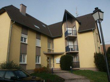 F3 de 63 m2 avec balcon  à Bartenheim .  Au 1er étage d\'une petite résidence très calme, ce F3 de 63 m2 comprend : une entrée avec placards muraux, une cuisine équipée, une pièce à vivre avec balcon, 2 chambres, une salle de bain, WC indépendante et cave. Chauffage et eau chaude individuels au gaz. Disponible de suite