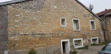 Investisseur ou particulier . Vous souhaitez investir ou acquérir cette maison à rénover d'une surface de 80m ² est faite pour vous celle-ci comprenant, entrée, cuisine, séjour de 18m², 3 chambres, salle de bain, garage. Prix : 25000€ FAI (frais d'agence à la charge du vendeur)- barème honoraires : www.tfimmo.com /nos-honoraires.php - Contact : 06.88.70.08.33 - cindythube.tfimmo@gmail.com