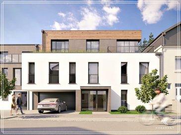 Lumineux penthouse dans une nouvelle maison bi-familiale de haute qualité.  Le penthouse profite d'une architecture moderne et lumineuse avec une grande terrasse de 28,32m2 bien ensoleillé et des terrasses avec verdure entourant le penthouse.   Le penthouse dispose de:   Premier étage:  - hall de nuit - chambre parentale de 16,61m2 avec salle de douche privative de 7,31m2 - salle de bains de 5,11m2  - chambre de 13,35 - bureau  2ième étage:  - salon 26,44m2 - cuisine 12m2 - salle à manger 18,16m2 tous avec sortie sur la grande terrasse du penthouse de 28,32m2 - hall - W.C. séparé - rangement  Le penthouse dispose d'une grande cave de 18m2 et il est possible d'acquérir un grand emplacement intérieur avec un emplacement extérieur.   L'appartement sera construit avec des matériaux nobles 70€/m2 au sol, sanitaires, peinture intérieure, classe énergétique A-A, ...   L'appartement profitera d'une assurance bi et décennale d'une grande assurance du Luxembourg. Images 3D non contractuelles.