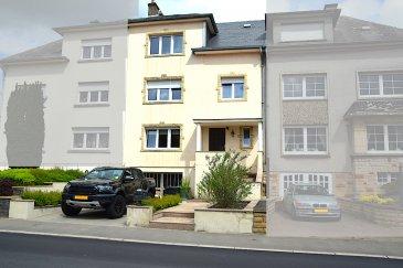 L'agence IMMOLORENA Lux sarl de Pétange a choisi pour vous une maison mitoyenne de 210 m2 habitables, insérée sur un terrain de 3,52 ares, située à Niederkorn à proximité de toutes commodités, commerces, écoles, etc.  La maison se compose comme suit:  -Un hall d'entrée de 17,50 m2 -Un double-living de 40 m2 donnant accès à la véranda et au jardin sans vis-a-vis.  -Cuisine séparée de 11,75 m2 donnant accès également à la véranda et au jardin. -Un WC séparé de 2,50 m2.  PREMIERE ETAGE:  - Hall de nuit - Une chambre parentale de 22 m2 - Deux chambres de 17 m2 et 13 m2  - Une salle de bain de 6 m2  DEUXIEME ETAGE:  - Hall de nuit  - Une chambre 21,50 m2 - Deuxième chambre de 17 m2 - Pièce de 14,22 m2 avec possibilité de faire une salle de bain avec toutes les arrivées installées (eau, électricité et chauffage). - Petit grenier  CARACTERISTIQUES DE LA MAISON  - Volets électriques, - Triple vitrage 2016 - Toiture en ardoise naturelle 2014 - Chaudière au gaz à condensation 2018  - Garage de 23 m2 et 6,45 mètres linières avec la possibilité d'agrandir pour deux voitures - Un atelier de 11 m2  - Deux caves dans dont une avec coin buanderie de 11,20 m2 et 5,40 m2 - Magnifique jardin sans vis-a-vis  À VOIR ABSOLUMENT!  3% du prix de vente à la charge de la partie venderesse + 17% TVA Pas de frais pour le futur acquéreur   Pour tout contact: Joanna RICKAL: 621 36 56 40  Vitor Pires: 691 761 110  Kevin Dos Santos: 691 318 013  L'agence Immo Lorena est à votre disposition pour toutes vos recherches ainsi que pour vos transactions LOCATIONS ET VENTES au Luxembourg, en France et en Belgique. Nous sommes également ouverts les samedis de 10h à 19h sans interruption.