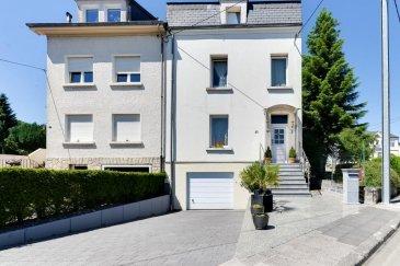 Louis MATHIEU RE/MAX Partners, spécialiste de l\'immobilier à Niederkorn vous propose à la vente cette belle maison jumelée sur un terrain de 4,5 ares. Elle dispose d\'une superficie habitable d\'environ 130 m2 pour 178 m2 au total.<br><br>La maison se compose au rez-de-chaussée : d\'un lumineux hall d\'entrée, d\'une cuisine équipée de 16 m2, d\'un séjour de 18 m2, d\'un accès sur la terrasse, une petite cour avec deux petits abris et le jardin.<br><br>Au premier étage : un hall, une première chambre de 16 m2, une seconde chambre de presque 12 m2, une salle de bains avec WC.<br><br>Au deuxième étage : un hall, une pièce de loisirs de 13 m2, une troisième chambre de 16 m2, une quatrième chambre de 9 m2, une salle de bains avec WC.<br><br>Au grenier : un espace à emménager de 20 à 30 m2, déjà isolé.<br><br>Au sous-sol : un garage double, une première cave de 11 m2, une seconde cave de 9 m2, un WC indépendant.<br><br>Extérieur : une belle terrasse de 20 m² exposée Est avec un beau jardin clôturé, deux emplacements extérieurs devant la maison.<br><br>Caractéristiques supplémentaires : double vitrage en PVC, chauffage au gaz, terrain clôturé,chaudière de 2006, etcà<br><br>Disponibilité à convenir.<br><br>Contact : Louis MATHIEU au +352 671 111 323 ou louis.mathieu@remax.lu<br />Ref agence :5095615