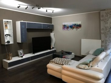 Appartement 2 Chambres à vendre à TETANGE (107m2 )  Prix : 460 000 €  L'appartement se situe dans une résidence avec 6 unités. Année de construction : 2007  Appartement  lumineux dans un bon état Etage : Rez-de-chaussée Surface habitable : 107 m² + belle terrasse de 30 m²  L'appartement est composé comme suit : -    Hall -    2 chambres -    grand living avec cuisine équipée -    salle de bains -    WC séparé  1 Emplacement intérieur et un grenier de 29m2  sont inclus dans le prix.  Pour plus d'infos veuillez contacter le numéro suivant : 661 26 08 87