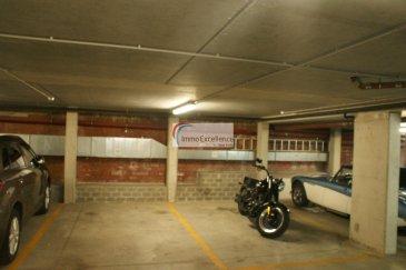 LOUE !! IMMO EXCELLENCE vous propose en exclusivité un emplacement intérieur ( Numéro 12 ) de 15 m2, situé au sous-sol du SENIOR HÒTEL à Echternach.<br><br>Caution de la télécommande : 80.-Eur.