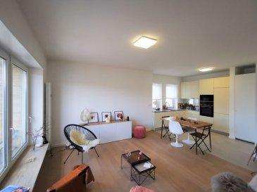 Dalpa SA vous propose à louer, un charmant appartement très lumineux, avec une gracieuse vue sur le Parc de Merl entièrement rénové de 2 chambres à coucher sur +/- 75 m², situé à Luxembourg-Belair et à quelques pas du parc. <br><br>Disponibilité : immédiate <br><br>L\'objet se situe au : 2, rue de Bragance, L-1255<br><br>Situé au 3ième l\'appartement se compose : <br>- 1 hall d\'entrée spacieux<br>- 1 cuisine équipée ouverte<br>- 1 belle pièce de séjour & salle à manger très lumineuse<br>- 2 chambres dont une avec accès au balcon<br>- 1 salle de douche avec WC<br>- 1 WC séparé<br><br>Au sous-sol une cave complète ce bien. <br><br>Situé au plein c½ur du centre-ville, Belair est un quartier recherché pour son calme et sa qualité de vie. Le quartier doit sa popularité surtout grâce à sa proximité aux commerces, ainsi que ses entourages verts dont celui du Parc de Merl. <br><br>Nous sommes à votre entière disposition pour tous renseignements complémentaires ou visites des lieux. Veuillez contacter Antonio Lobefaro sous le numéro + 352 621 469 311 ou par mail sur info@dalpa.lu <br><br>Si vous souhaitez vendre ou louer votre bien, nous mettons à votre disposition notre professionnalisme, savoir-faire ainsi que notre qualité de service. Nous vous proposons des estimations rapides, gratuites et réalistes.<br><br>ENGLISH VERSION<br><br>Dalpa SA offers you for rent, a very bright and delightful apartment, with a gracious view over the ?Parc de Merl\', completely renovated with 2 bedrooms on +/- 75 m², located in Luxembourg-Belair and a few steps from the park.<br><br>Availability : immediate<br><br>The object is located at: 2, rue de Bragance, L-1255<br><br>Located on the 3th floor, the apartment consists of:<br>- 1 spacious entrance hall<br>- 1 open equipped kitchen<br>- 1 beautiful living room & very bright dining room<br>- 2 bedrooms one of which has a direct access to the belcony<br>- 1 shower room with WC<br>- 1 separate WC<br><br>In the basement a cellar completes this 