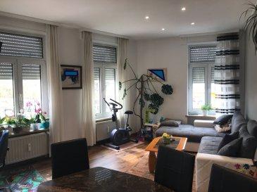 Appartement :  - Hall d'entrée  - Cuisine équipée - Salon - Living - 2 chambres à coucher - Salle de bains   - Cave   - Buanderie Commune    Nous vous invitons à nous rendre visite ou contacter l'un de nos commerciaux pour plus d'informations.  Mr. Marc Risch 621210333  Mr. Moura Jemp 621216646   Les surfaces et superficies sont indicatives  Rejoignez-nous sur Facebook : Newjomar Belval