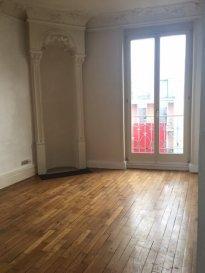 3 pièces - 46.77 m2.  Appartement trois pièces situé au deuxième étage d\'un immeuble rue de Vic à Nancy. Il comprend une entrée, une cuisine séparée, deux chambres, une salle de bain avec wc.<br> Chauffage individuel au gaz.<br>