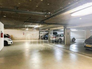 ONUD SA vous présente cette place de parking intérieure dans une nouvelle construction. Charges mensuelles : 5'.  Ref agence :CF-A