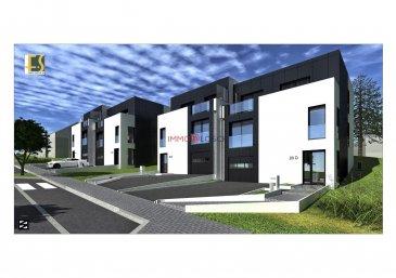 Nouveau projet à Remich  La maison fait partie d'un complexe résidentiel qui va être construit sur les hauteurs de Remich. Très bien agencée et libre des 3 côtés, elle sera répartie sur 2 étages.  Sise à Remich, une ville touristique, nichée dans un sublime panorama de vignobles, à quelques pas de la promenade au bord de la Moselle, des commerces, des supermarchés, des écoles et des transports communs.  Elle comprend:  - 3 chambres à coucher - un living spacieux - une salle-à-manger - une cuisine ouverte - un bureau - une salle-de-bain - 2 WC séparés - une terrasse de 14m2 - deux balcons - une cave - une buanderie - une chaufferie - des vestiaires - un grand garage pour 2 voitures - un grand espace vert autour  Prix affiché est HTVA.  * Meubles et équipements de la cuisine ne sont pas inclus dans le prix.  N'hésitez pas à nous contacter pour recevoir les plans de la maison et le cahier des charges.