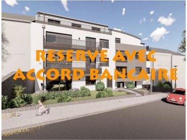 Votre agence IMMO LORENA de Pétange vous propose dans une résidence contemporaine en future construction de 13 unités sur 4 niveaux située à Rodange, 45 chemin de Brouck 1 appartement de 78,83 m2 à L'ETAGE EN RETRAIT avec ascenseur, décomposé de la façon suivante:  - Hall d'entrée d'environ 7,78 m2 - Cuisine ouverte et salon faisant un total de 33,21m2 donnant accès à la terrasse de 31,96 m2 - Salle de bain de 6,77 m2 - Un WC séparé faisant 1,63 m2 - Une première chambre de 15,30 m2, deuxième de 12,19 m2 donnant accès à la terrasse de 24,30 m2 - Une cave privative et un emplacement pour lave-linge et sèche-linge au sous sol. Possibilité d'acquérir un emplacement intérieur (25.000 €) ou un garage fermé intérieur (35.000€).  Cette résidence de performance énergétique AB construite selon les règles de l'art associe une qualité de haut standing à une construction traditionnelle luxembourgeoise, châssis en PVC triple vitrage, ventilation double flux, chauffage au sol, video - parlophone, système domotique, etc... Avec des pièces de vie aux beaux volumes et lumineuses grâce à de belles baies vitrées.  Ces biens constituent entres autre de par leur situation, un excellent investissement. Le prix comprend les garanties biennales et décennales et une TVA à 3%. Livraison prévue septembre 2021.  3% du prix de vente à la charge de la partie venderesse + 17% TVA Pas de frais pour le futur acquéreur  Pour tout contact: Joanna RICKAL: 621 36 56 40  Vitor Pires: 691 761 110  Kevin Dos Santos: 691 318 013  L'agence Immo Lorena est à votre disposition pour toutes vos recherches ainsi que pour vos transactions LOCATIONS ET VENTES au Luxembourg, en France et en Belgique. Nous sommes également ouverts les samedis de 10h à 19h sans interruption. Demander plus d'informations