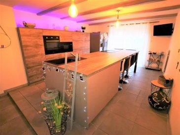 UNIQUE, une EXCLUSIVITE GL PROMOTION, a visiter sans tarder, Charmante et chaleureuse maison, alliant l'ancien et le moderne  rénové en 2019 d' env. 240 m².  Composée au RDC :  D'une grande entrée de 17m², D'une magnifique cuisine équipée de 37m² d'une valeur neuve de plus  12000 Euros  ouverte sur l'espace séjour avec accès a la terrasse. D'un joli salon  de 15m², D'une buanderie de 5m², D'une salle de bain de 12m²  avec  grande douche italienne avec accès des deux cotés, meuble sdb double vasque. D'un WC séparé.  Au premier étage : Un grand hall vous attend (Idéal baby foot, billlard, bureau, espace détente), ainsi que 4 chambres dont une suite parentale ( 22m², 18m², 17m² et 15m²). D'un espace de 14m² pouvant servir de 5ème chambre,  de salon privé, de dressing, de bureau, ou espace détente également.  AU 2 ème étage ; combles aménageables.  Terrasse de 35m²  et jardin complètement clôturé de 50m².   LES PLUS DE CETTE MAISON :  - Cette maison dispose d'une grange de 130m² complètement rénovée et aménagée en garage  3 voitures, atelier, espace de détente loisir, grand bureau avec son propre accès. Ainsi que 130m² a l'étage.   - Chauffage au sol par Pompe a chaleur  électrique, ainsi qu'une chaudière au  Fioul et cheminée a bois. - Electricité complètement rénové avec Consuel. - TV et internet dans chaque pièce. - Fenêtres PVC  neuves.   A 8 Km d'Audun le Roman, à 9 Km d'Aumetz, à 20 Km d'Esch sur Alzette.  MANDAT EXCLUSIF. FRAIS D'AGENCE A CHARGE VENDEUR. VISITE VIRTUELLE SUR DEMANDE. CONTACTER VANESSA au 06.74.96.24.23
