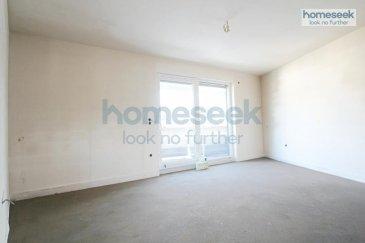 Homeseek Belair (+352 621 710 768) vous présente cet appartement duplex en construction de 128m² dans une maison bi-familiale située à Kayl.<br>Les travaux finissent fin mai 2020.<br><br>Ce dernier, situé au 2e étage, est composé comme suit:<br>- trois chambres-à-coucher <br>- un bureau<br>- deux salles-de-bain<br>- un espace cuisine ouvert sur ;<br>- un living et salle-à-manger donnant accès à la terrasse<br><br>Se situent au rez-de-chaussée:<br>- double emplacements intérieur (inclus dans le prix annoncé)<br>- la cave (inclus dans le prix annoncé)<br>- la buanderie<br>- le local technique<br>- le local poubelles<br><br>Une pompe à chaleur assure le bon fonctionnement des installations chauffages et sanitaires. <br><br>La résidence se trouve à proximité de tous les commerces (restaurants, boulangeries, banques, etc.), des services (crèches, écoles, médecins, etc.) et des transports en commun (arrêt de bus en face de la rue).<br><br>N\'hésitez pas à nous contacter au +352 621 710 768 pour de plus amples renseignements.