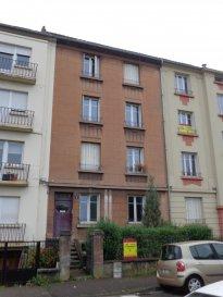Metz SABLON, à proximité des commerces,boulangerie,pharmacie... Rue Daubrée, au 2ème étage, appartement 2 pièces de 50 m2 comprenant un séjour, une cuisine, une chambre, une salle d'eau/WC. Chauffage individuel gaz. Disponible à partir du 01/01/2019.