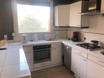 Appartement 4 pièces à Longuyon.  Longuyon, bel appartement 74m2, 3 chambres, grand séjour ouvert sur cuisine équipée, une salle d\'eau (Douche, WC, simple vasque) et une cave.