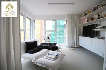 Très bel appartement situé au 1er étage d\'une résidence de 2015 en plein centre de Differdange.<br><br>D\'un style architectural personnalisé, ce bien de +/- 85 m² se compose comme suit:<br><br>* Hall d\'entrée,<br>* WC séparé,<br>* Salle de bain (cabinet douche + baignoire),<br>* Cuisine équipée ouverte sur le living et salle à manger avec accès à la grande terrasse privative de +/- 36 m²,<br>* 2 chambres à coucher.<br><br>Pour compléter, une cave privative et une buanderie commune s\'y ajoutent.<br><br>Pour plus de renseignements ou une visite (visites également possibles le samedi sur rdv), veuillez contacter le 28.66.39.1. <br><br />Ref agence :72395