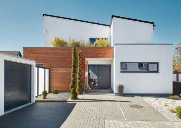Zentral gelegenes, abfallendes Grundstück mit einer Gesamtgröße von 6 ares in der Commune Mamer. Dieses Grundstück eignet sich ideal für ein freistehendes Einfamilienhaus mit Keller (rückseitig freiliegend)  -Energieklasse:AAA -Wohnfläche:180 m² -Anzahl der Schlafzimmer:3 -Keller:ja -Geschosse:2    LUXHAUS. Die Nr. 1 in der Climatic-Wand-Technologie.  100% Wohlfühlklima 100% Design Wir freuen uns auf Ihren Besuch.