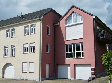 WORMELDANGE, 849.000 Euros.  Appartement-Penthouse (+-196.38m2) au 2ième étage. Construction 2005. Résidence à 2 unités. Objet de prestige avec une vue imprenable sur la Moselle et ces vignes. Objet d'exception.  RDCH: cave, 2 emplacements extérieur, Jardin privatif (+-130,40m2), cave (+-35,56m2), Chaufferie, Garage (1 emplacement intérieur +-15,21m2)  2ième étage: Hall d'entrée, Living très lumineux (+-54m2) avec accès sur Terrasse (+-5m2 / Exposition Est avec Vue imprenable sur la Moselle), cuisine équipée indépendante de haute gamme (+-16m2) avec vue sur Moselle, 4 chambres (+-18m2 / 14m2 / 16m2), Suite Parentale (+-30m2) avec Dressing donnant sur une Terrasse (+-10m2) avec vue sur les vignes, salle de bains avec douche et baignoire, salle de douche italienne, WC séparée, Buanderie, Débarras.  Grenier non aménageable +-98,48m2  Equipements: Dalles en Béton, Double vitrage PVC avec volets électrique  (2005), Toit (Ardoise/ isolé / 2005), Chauffage Mazout aux sols (2005), Electricité (2005), Sanitaire (2005) / Façade (isolée / 2005), Antenne SAT, Vidéophone.  Objet d'exception à saisir...  ***HERBY IMMO = MEILLEURS PRIX DU MARCHE***   (Herby Immo vous garantit le prix d`achat le moins cher du marché)