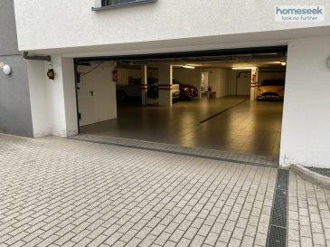 Homeseek Limpertsberg vous propose à la location un emplacement de parking de 13.30m² dans la résidence CORTES au 198G rue Pierre Gansen à Niederkorn.    - Loyer 110€ charges comprises - 2 mois de caution - 1 mois + TVA 17% de frais d\'agence.  - Contrat renouvelé par tacite reconduction 1an.   Pour plus d\'information, veuillez me contacter directement au +352 671 03 80 23 ou Limpertsberg@homeseek.lu  Vous souhaitez connaître la valeur de votre bien, demandez votre estimation gratuitement sous 48H.  Ref agence :4921958-HL-ZA