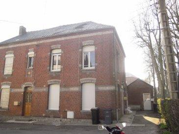 Maison à Avesnelles