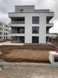 Appartement  neuf ! Résidence ABRUS 2 ème étage, 60m2, une chambre, balcon, cave parking intérieur.  Disponible le 15 décembre 2020  Simon 621 168 234 simon@sohoimmo.lu