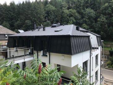 Fis Immobilière est fière de vous présenter une petite résidence de 5 unités située à 35, Rue du Grünewald L-1647 Luxembourg.  Vous souhaitez habiter au 1'er ou au 2'ème étage et avoir un accès directe sur le jardin privatif depuis votre appartement ? Cela est possible avec la Résidence