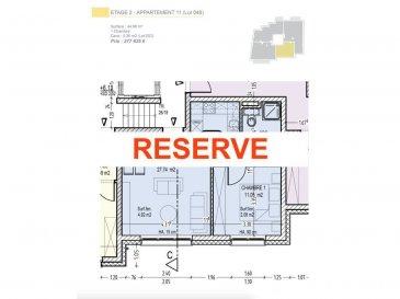 Votre agence IMMO LORENA de Pétange vous propose dans une résidence contemporaine en future construction de 13 unités sur 4 niveaux située à Rodange, 45 chemin de Brouck 1 appartement de 44.98 m2 au DEUXIEME ETAGE avec ascenseur décomposé de la façon suivante:  - Cuisine ouverte et salon de 27,74 m2  - Salle de bain de 4,99 m2  - Une chambre de 11,05 m2.  - Une cave privative et un emplacement pour lave-linge et sèche-linge au sous sol. Possibilité d'acquérir un emplacement intérieur (25.000 €) ou un garage fermé intérieur (35.000€).  Cette résidence de performance énergétique AB construite selon les règles de l'art associe une qualité de haut standing à une construction traditionnelle luxembourgeoise, châssis en PVC triple vitrage, ventilation double flux, chauffage au sol, video - parlophone, système domotique, etc... Avec des pièces de vie aux beaux volumes et lumineuses grâce à de belles baies vitrées.  Ces biens constituent entres autre de par leur situation, un excellent investissement. Le prix comprend les garanties biennales et décennales et une TVA à 3%. Livraison prévue septembre 2021.  Pour tout contact: Joanna RICKAL +352 621 36 56 40 Vitor Pires: +352 691 761 110   L'agence Immo Lorena est à votre disposition pour toutes vos recherches ainsi que pour vos transactions LOCATIONS ET VENTES au Luxembourg, en France et en Belgique. Nous sommes également ouverts les samedis de 10h à 19h sans interruption. Demander plus d'informations