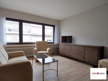 Bel appartement meublé à louer au centre de Luxembourg-Limpertsberg  Description de l'appartement:  - 44m2 - 5 étage avec ascenseur - Hall d'entrée - Cuisine individuelle - Salon avec accès au balcon - Chambre - Salle de douche (rénové) - Balcon  - Cave  Meubles:  - Canapé - Table avec 4 chaises - Armoir - Lit - Dressing  - Télévision  - Ustensile de cuisine - Machine à laver    L'appartement est disponible de suite   2 mois de caution: 3100' Charges mensuelles : 150' Frais d'agence : 1813,50' TTC 17%  Ref agence :1213086
