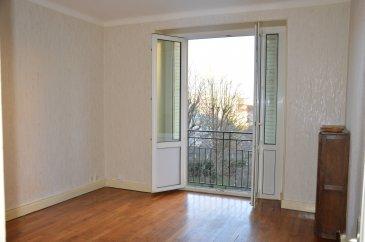 3 pièces - 57 m2.  Grand appartement de trois pièces idéalement situé boulevard Jean Jaurès à Nancy. Il comprend une entrée, un séjour, une cuisine, deux chambres, une salle de bain, WC séparé.  Chauffage individuel au gaz.