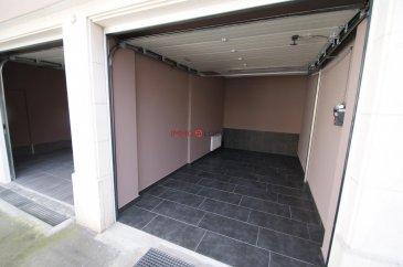 Garage à louer  de +/- 15 m 2<br>Porte électrique <br><br>Disponible de suite<br><br>Loyer : 180 .- € <br>Caution : 180.- €<br>Frais d\'agence : 210.60.- €