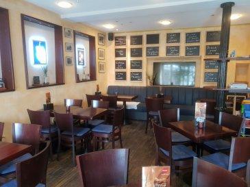 Pour plus d'informations ou une visite, n'hésitez pas à nous contacter Restaurant à louer au centre d'Echternach   L'équipement du restaurant est à acheter auprès du propriétaire   Aperçu :   Situé dans la zone piétonne, au centre d'Echternach, ce restaurant plaît grâce à sa situation avec sa grande terrasse.   Description :   Ce restaurant dispose d'une surface de +- 80 m2, une cuisine équipée et une terrasse.   Vous disposez de +- 50 couverts dans le restaurant et de +- 50 couverts sur la terrasse.   Sous-sol :   Au sous-sol vous trouvez un stockage et des WC's séparés.   Rez-de-chaussée :   Au rez-de-chaussée vous trouvez le restaurant tout équipé (l'équipement est à acheter) et une grande terrasse.   1er étage :   Au 1er étage vous trouvez la cuisine équipée.   Des places de parkings se trouvent à quelques mètres de ce restaurant.   Équipements :  Chauffage au gaz  Fenêtres: double vitrage   Localisation :  Ce restaurant se situe dans la zone piétonne, au centre d'Echternach. A quelques pas de cet immeuble vous trouvez des magasins, restaurants et banques.   Echternach est une ville touristique avec des hôtels, grands magasins, théâtres et un grand lac.   La gare de bus d'Echternach avec des bus directions Luxembourg-Ville, Remich, Beaufort et Ettelbruck se trouve à quelques mètres.   Ettelbruck: 30 km  Luxembourg-Ville: 30 km  Remich: 40 km