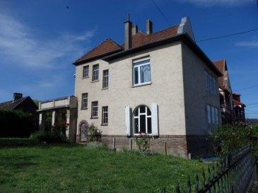 NOUS VENDONS : A ROMBAS (Moselle), rue du Maréchal Joffre un appartement duplex de type F6 dans une grande maison Bourgeoise. Il offre sur une surface habitable de 180 m2 (169,72 m2 Loi Carrez) ; A l'étage : Une grande cuisine de 16 m2, Un salon de 24 m2, hauteur sous plafond de 3,3 m ; Un séjour de 18,91 m2 ; Deux chambres de 17,6 m2 et 20,80 m2 Un jardin d'hiver de 8 m2. Une salle de bains et WC séparé. En duplex : Un grand bureau de 20 m2. Une chambre de 17 m2. ****Balcon de 21 m2 orienté sud. ****Chauffage et eau chaude par chaudière au gaz de ville. ****Fenêtres PVC double vitrage OB. **** Grand terrain à l'arrière et sur le côté, avec la possibilité d'y construire un garage. **** A l'arrière, une grande dépendance avec fenêtres PVC, aménageable en cuisine d'été et salon. Des travaux de zinguerie de la cheminée et de la terrasse vont être réalisés prochainement. DISPONIBILITE A PREVOIR CONTACT : Jean-Luc Meyer Agent commercial au : 07 60 13 78 96 Ou l'agence au : 03 87 16 12 24 Les frais d'agence sont à la charge de l'acquéreur.