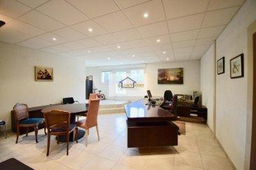 Mr. Spagnuolo (+352 621 510 569 ) de SARTORI agence immobilière à Bettembourg vous présente cette magnifique maison de 390m2 dont 247m2 surface habitable aux belles finitions et construite en 1966, rénovée en 2009 sur un terrain de 4,16 ares à Dudelange . <br><br>La maison se compose d'un beau hall d'entrée , d\'un élégant double séjour avec une cheminée, d'une spacieuse cuisine équipée donnant accès direct sur la véranda de 73 m2 et accès au paisible jardin, 3 harmonieuses chambres à coucher dont une avec accès également à la véranda et une superbe salle de bain avec WC. <br><br>Au sous-sol, nous avons une pièce pouvant servir de bureau/chambre/salle de jeux/ etc  de 44m2 avec un 2ème accès au jardin , une salle douche , un WC avec un pissoir séparé ,  une grande cave de 50 m2, une buanderie et un garage pour 2 voitures . <br><br>Vous disposerez également de 4 emplacements extérieurs.<br><br>À savoir qu\' il n y à aucun travaux à prévoir dans toute la maison .<br><br>- chaudière 2009 <br>- sanitaire 2009<br>- électricité 2009<br>- façade 2009<br><br><br><br />Ref agence :420