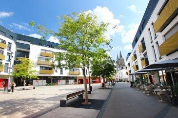 L'agence IMMO MAX vous propose un immeuble idéalement situé à Dudelange.  Sur une surface de 300m², l'immeuble se compose comme suit: - 3 appartements - un commerce  loyer mensuel de 6850€/mois rentabilité de 4,1%
