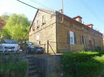 Maison Fontoy 3 pièce(s) 65 m2 remise jardinet et garage. Maison jumelée d\'un coté d\'environ 65m² habitables offrant:<br/><br/>-En Rdc :Hall d\'entrée, cuisine indépendante (15m²), salon (15m²), wc .<br/><br/>-Au 1er :un dégagement , 2 chambres.<br/><br/>-au sous-sol: 2 caves.<br/><br/>Chauffage central au gaz (chaudière au sol viessmann récente), isolation des murs intérieurs, DV pvc et volet roulant (en partie), porte entrée PVC récente.<br/><br/>Un rafraichissement et la création d\'une salle d\'eau sont à prévoir.<br/><br/>A l\'extérieur : une remise et un jardin à aménager (non attenant à 15m), un garage à 500m.<br/><br/>fa inclus charge vendeur.<br/><br/>Mr Antonoff:06-52-83-85-07<br/><br/>