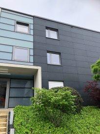 Nous vous proposons un super duplex (104 m2) de haut de gamme entièrement meublé et climatisé à Strassen. Il est composé comme suit; au 2ème étage: un hall d'entrée avec placards, 2ch à c avec placards faits sur mesure,une grande terrasse, une de chambre a un accès direct dans la salle de bain avec jacuzzi. Au 3ème étage; un grand séjour lumineux donnant sur une magnifique cuisine ouverte et équipée avec accès sur une grande terrasse de 40m2 avec une belle vue, un wc séparé et douche. Au sous sol,une buanderie, une grande cave, un grand parking + un emplacement parking extérieur. L'immeuble  est situé dans un quartier calme, près de toute commodité à 5 minutes du centre ville.  Disponible à partir du 1er juillet 2020. Pour plus de renseignements n'hésitez pas à nous contacter au tél; 691515723.