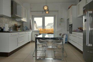 Beau duplex d'une surface habitable de 112m2 avec jardin privatif 0.89 ares situé dans un immeuble à 2 unités en plein centre du quartier de Luxembourg-Bonnevoie.  Le duplex dispose de :  Rez-de-chaussée : Hall d'entrée avec armoire encastrée et jardin privatif.  Palier entre le rez-de-chaussée et 1er étage : Salle de douche   WC Etage 1 : Palier, grande cuisine équipée avec accès à la grande terrasse,  living/salle à manger et 1 chambre à coucher. Etage 2 :  2 chambres à coucher dont 1 dispose d'un dressing, et 1 grande salle de bain   WC et débarras.  Grenier: Espace aménageable  (14 m2)  Sous-sol : cave et chaufferie.  Le duplex est encore loué jusqu?à mi-août.  La rue des Légionnaires est idéalement située dans le centre du quartier de Bonnevoie à proximité de : restaurants, écoles, pharmacie, supermarché, arrêts de bus, gare ??..etc.  Ref agence :217