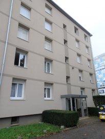 App Thionville 3 pièce(s) 48.21 m2. Situé 18 rue Sainte Barbe à Thionville, cet appartement de 48 m² se compose d\'une cuisine entièrement équipée, un séjour avec accès balcon, deux chambres, une salle de bains et un WC individuel.<br/>Le bien est complété par une cave privative de 4.72 m².<br/>Charges copropriété mensuelles: 54 €<br/>Taxe foncière: 500 € / an<br/>IMMO DM: 03.82.57.31.87