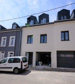 Située à Grevenmacher, commune recherchée de la Moselle luxembourgeoise, cette maison
